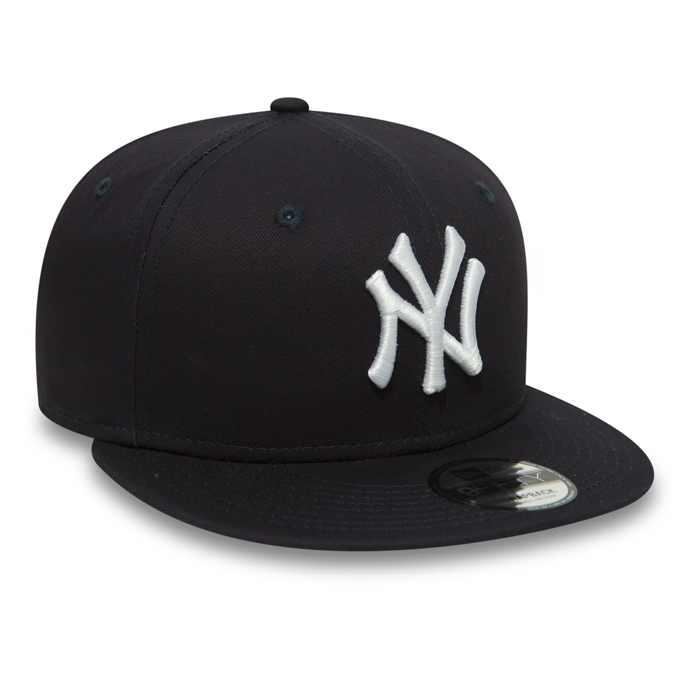 NY Yankees Essential 9FIFTY Navy Snapback  94f7f1b185a