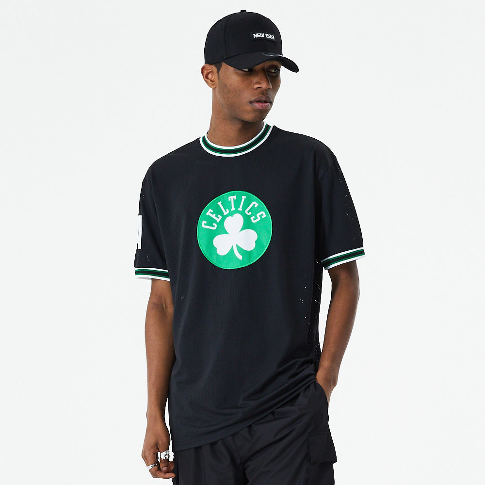 Boston Celtics Applique Oversized Black T-Shirt