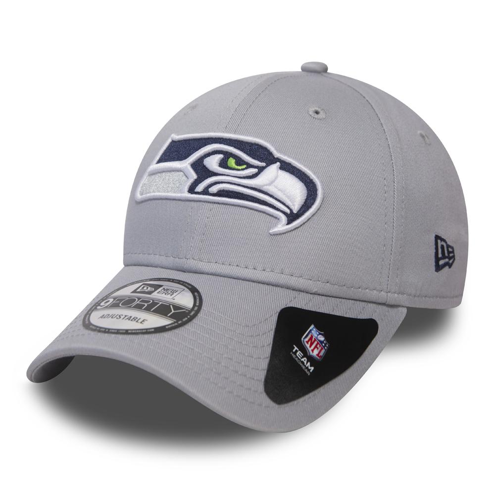 New Era 9FORTY NFL Seattle Seahawks Peanuts Curved Visor Adjustable Cap LA