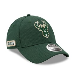 Milwaukee Bucks Back Half Green Stretch Snap 9FORTY Cap