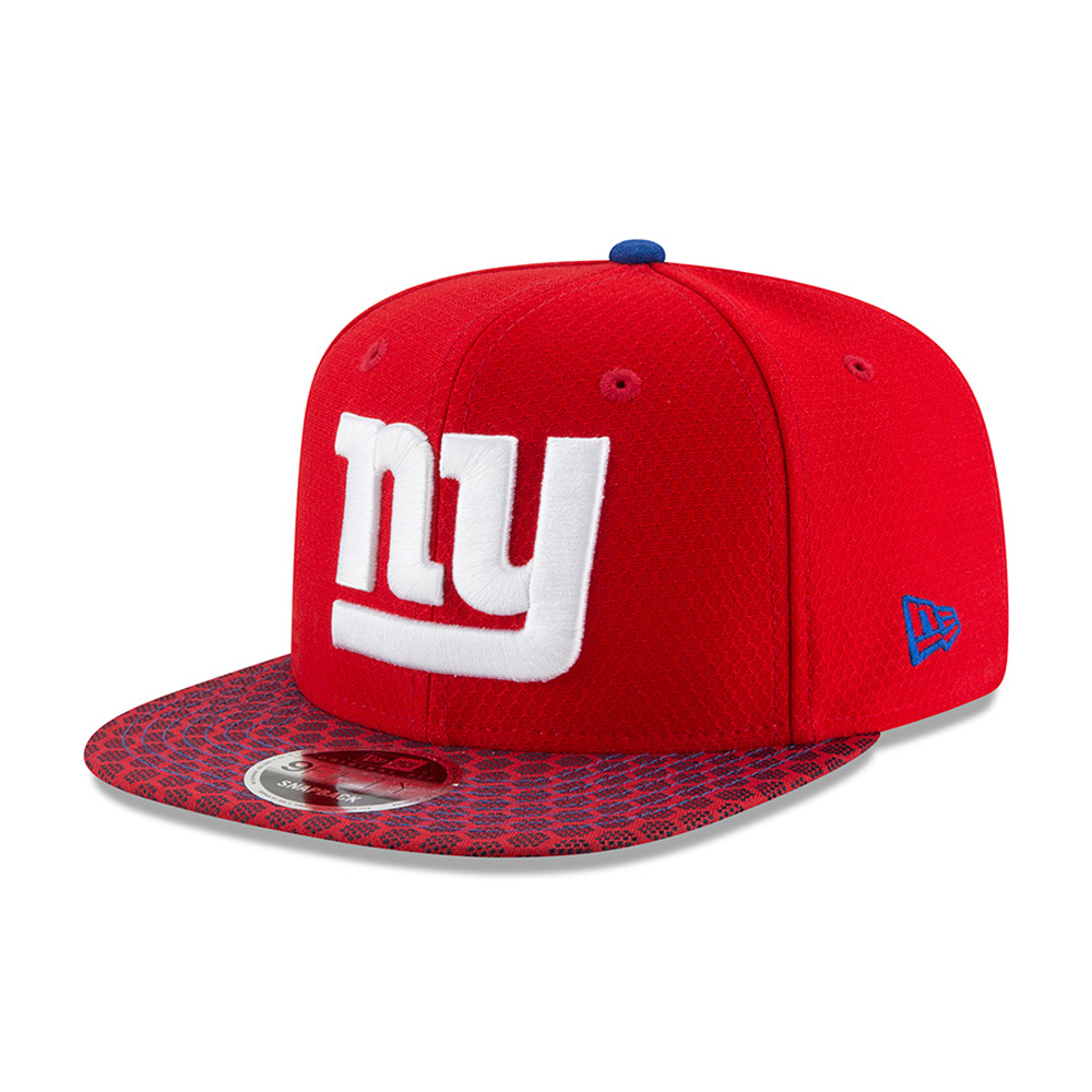 2438a86d665 ... New York Giants 2017 Sideline OF 9FIFTY Red Snapback